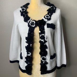 White House Black Market White & Black Sweater S